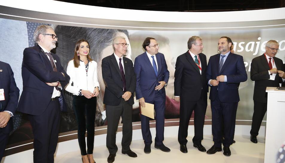 imatge de l'acte de signatura del conveni de l'Ajuntament de Tarragona amb RENFE.