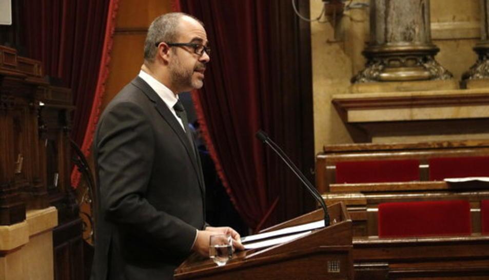 El conseller d'Interior, Miquel Buch, al Parlament.