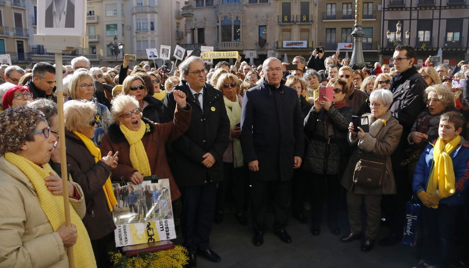 El president de la Generalitat, Quim Torra, participant a la concentració d'Avis i Àvies per la Llibertat de Reus.