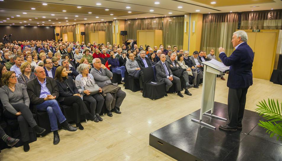 L'alcalde de Vila-seca, durant la conferència d'aquest dimarts a la Pineda.