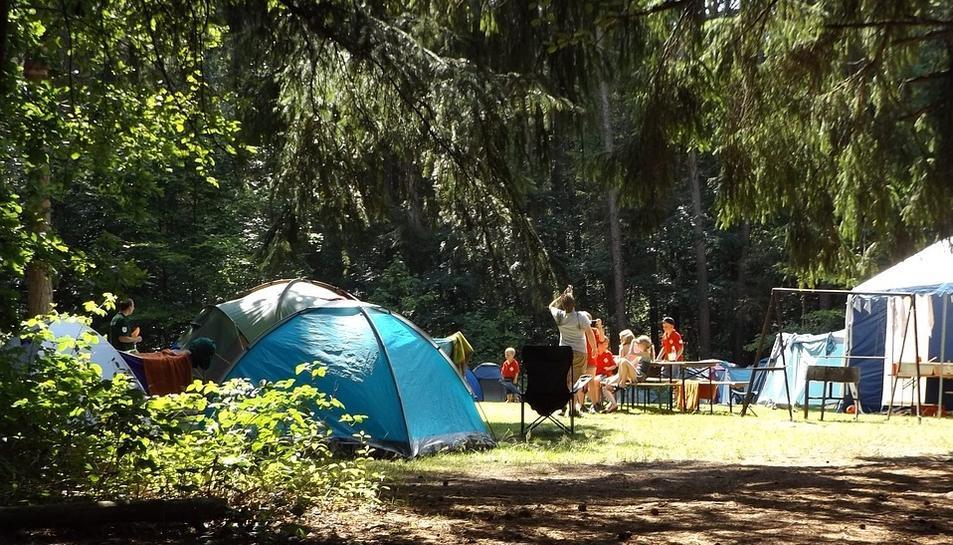 Imatge d'arxiu d'una zona d'acampada.