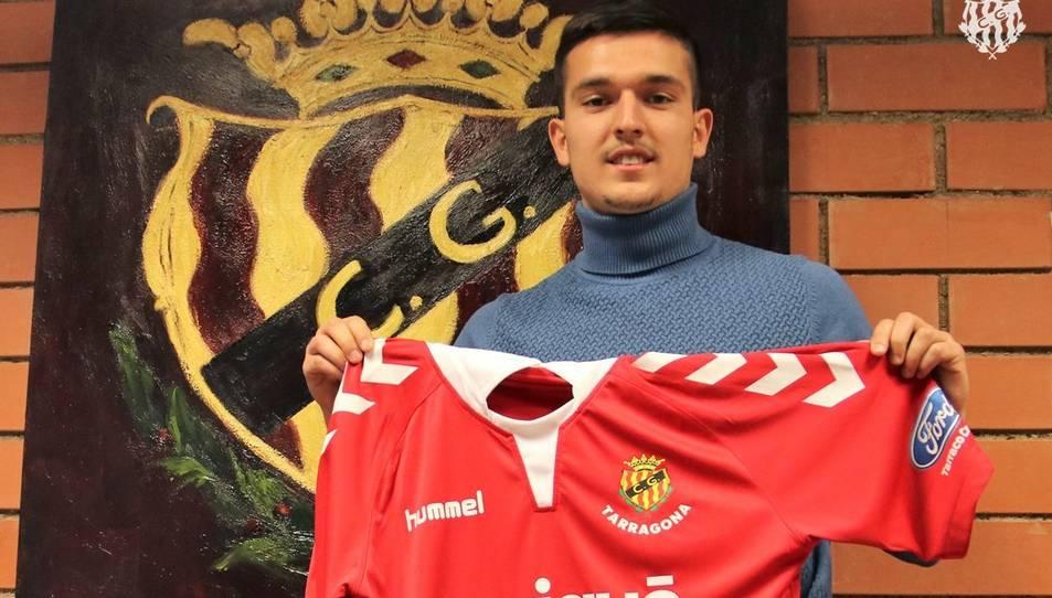 El Nàstic ha incori d'un nou mig centre a les files del Nàstic de Tarragona.