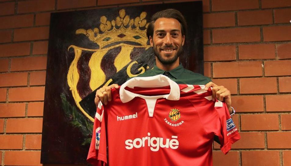 Miguel Palanca, amb la nova samarreta