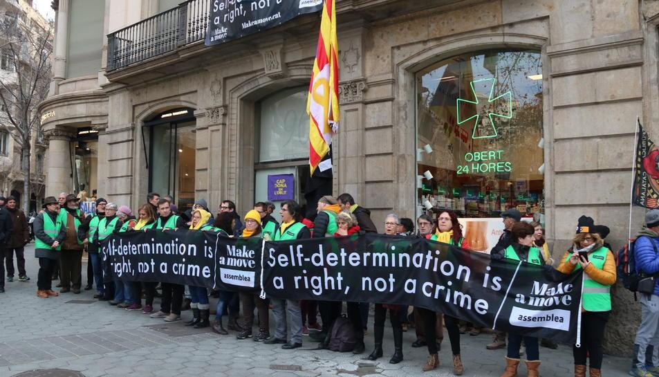 La concentració davant la seu de la Comissió Europea aquest dissabte.