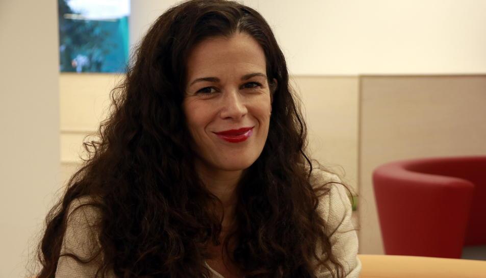 La psicooncòloga de l'AECC Teresa López-Fando a la seu de l'associació a Barcelona.