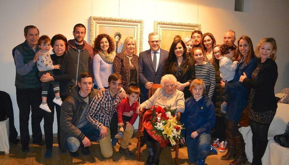 Foto de família de l'homenatjada,