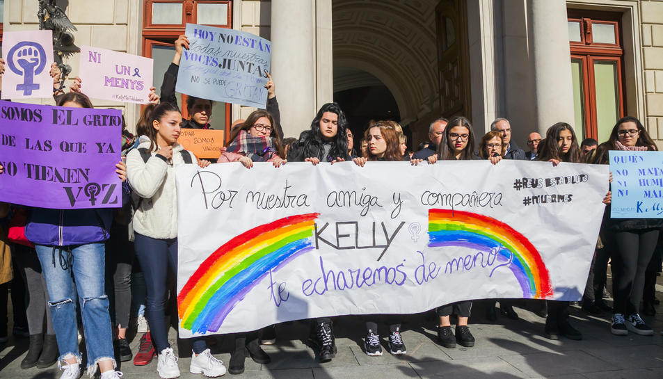 Manifestació el 31 de gener a Reus, després de l'assassinat de la Kelly, de 17 anys.