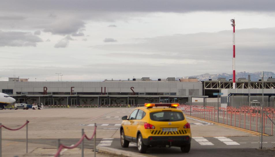 Una imatge d'arxiu de la zona de les pistes de l'Aeroport de la capital del Baix Camp.