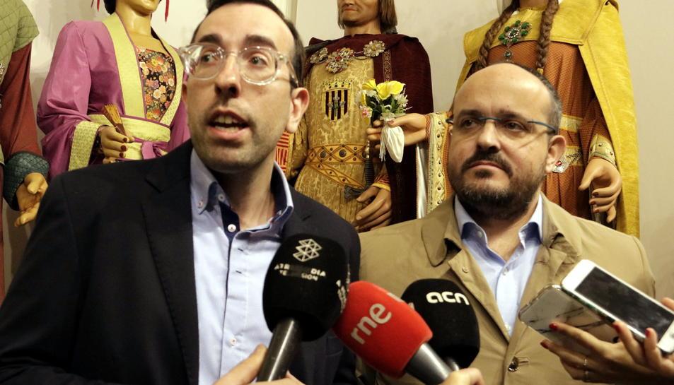 El candidat del PP per Lleida, Xavi Palau i el president del PP a Catalunya, Alejandro Fernández en la presentació de Palau a Lleida.