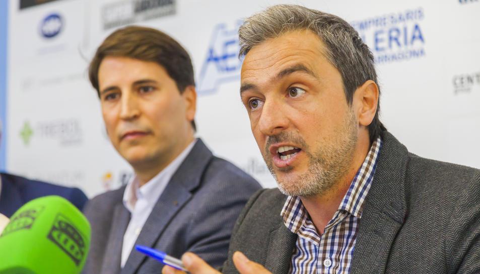 Francesc Pintado i Javier Escribano, en la roda de premsa celebrada a la seu de l'AEHT.