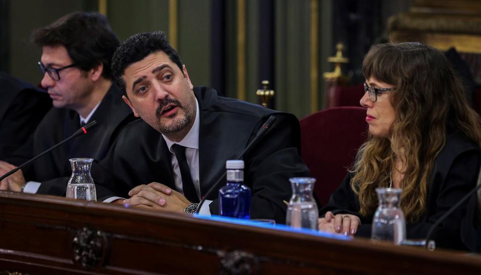 L'advocat de Dolors Bassa, Mariano Vergés, durant la primera jornada del judici de l'1-O.