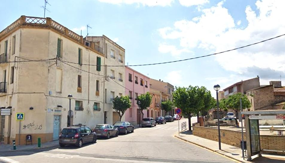 Imatge de l'accés a Llorenç del Penedès que quedarà totalment reformat.
