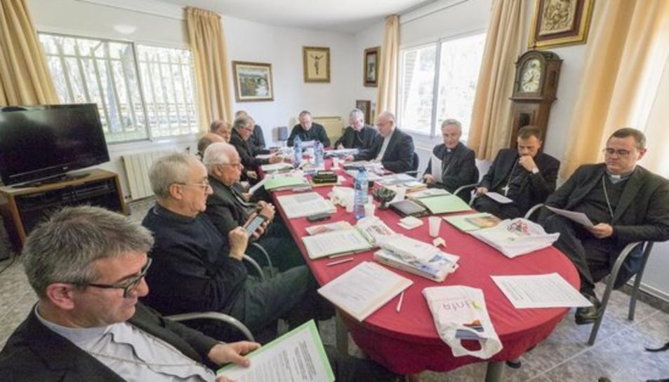 Imatge d'arxiu dels bisbes de la Conferència Episcopal Tarraconense reunits al Santuari de la Mare de Déu del Loreto a Tarragona.