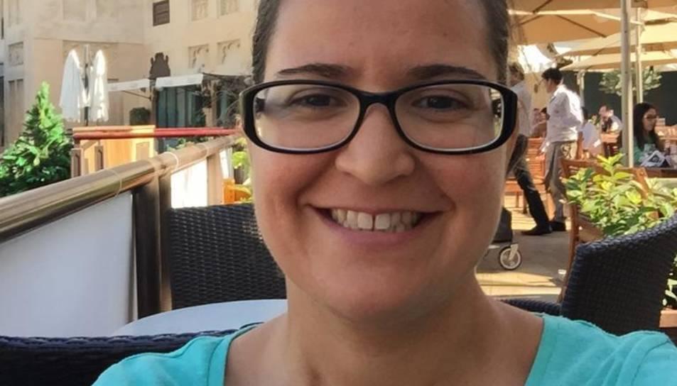 Autofoto de la Natàlia Valls en un restaurant de Dubai.