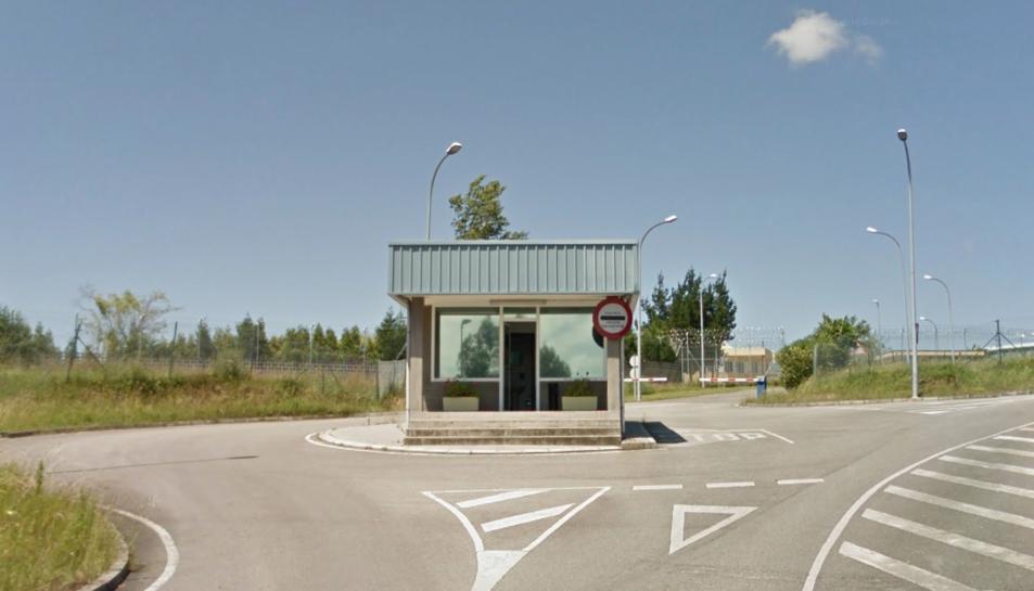 Image de l'entrada a la presó d'Astúries.