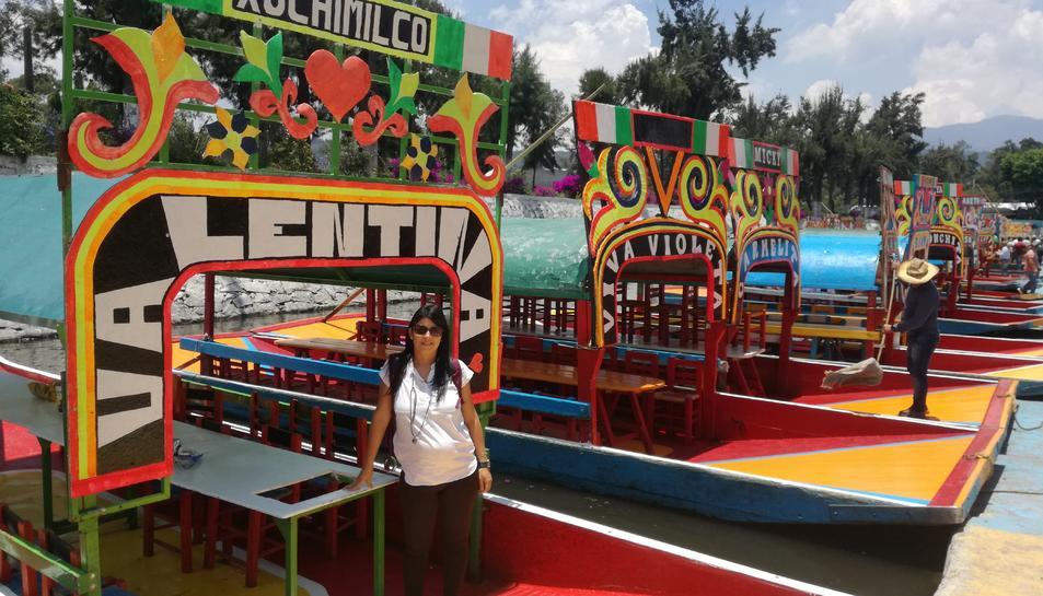 Leyre Esteve a Xochimilco, un espai «amb 177 quilòmetres de canals per navegar amb 'trajineras'».