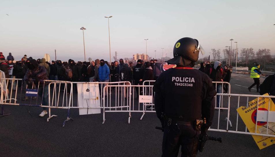 Els Arro han fet acte de presència al tall de l'A-27 a Tarragona.