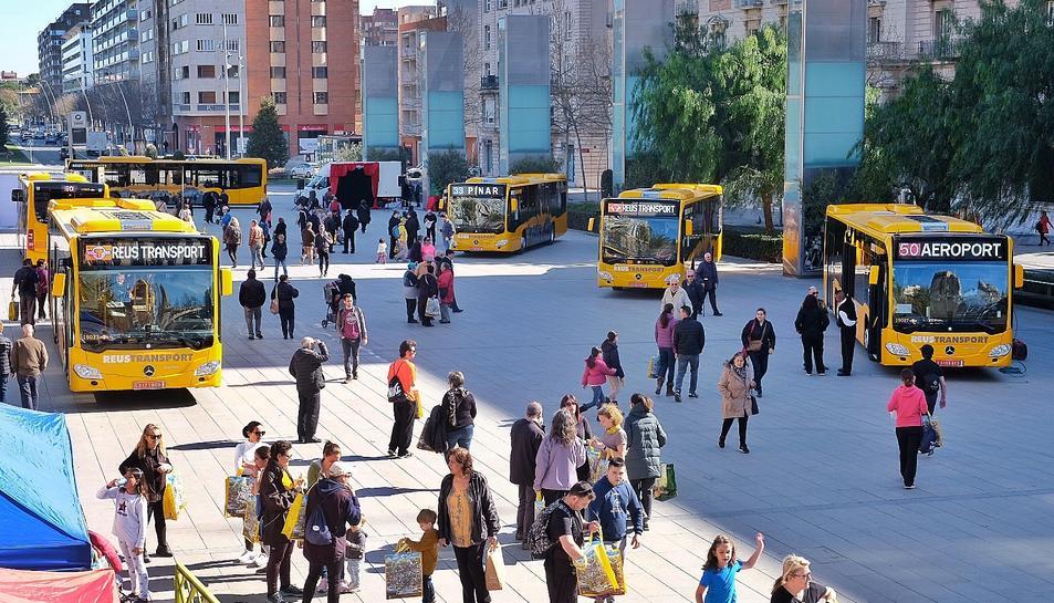 La presentació dels nous autobusos de Reus