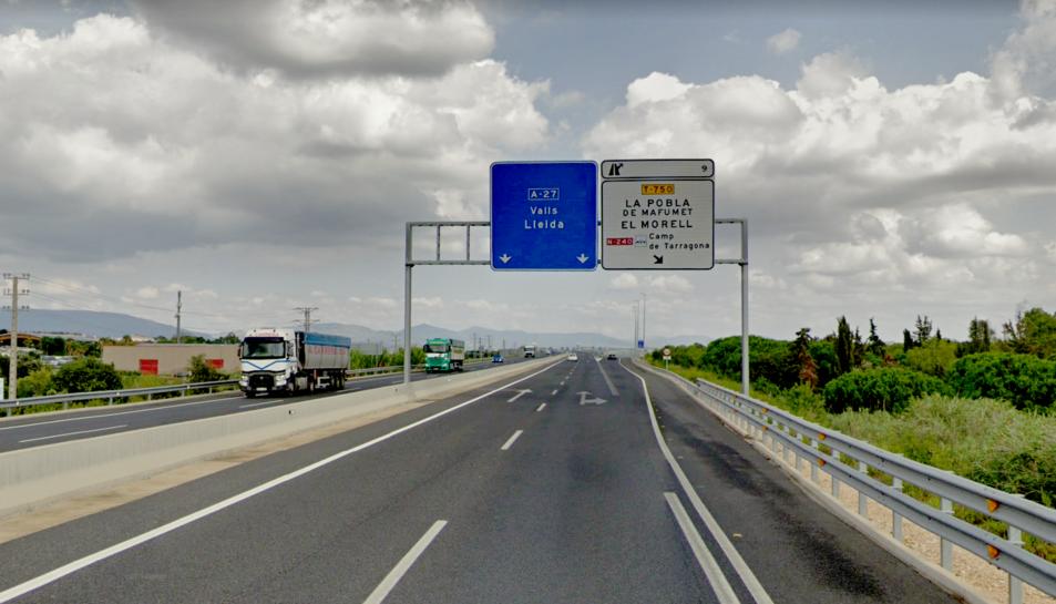 L'accident es va produir a l'A-27, al terme municipal de la Pobla de Mafumet.