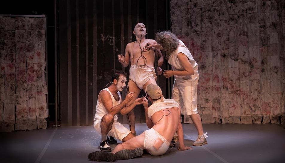 Imatge de l'espectacle de circ 'Rhumans'.