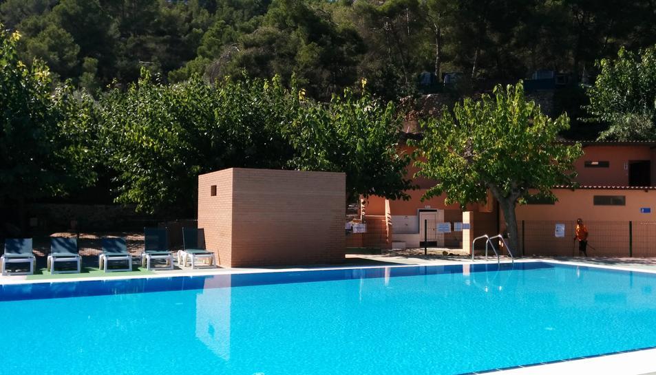Una de les piscines del càmping, en una imatge darxiu.