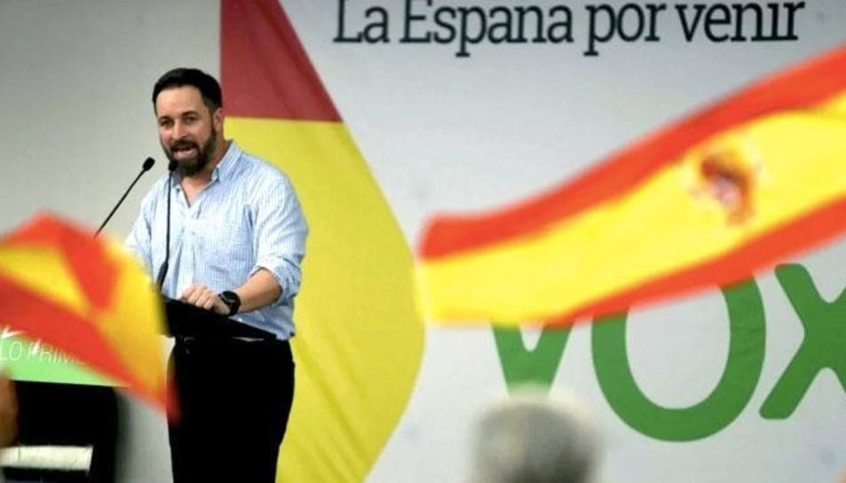 Imatge d'arxiu del líder de VOX, Santiago Abascal, durant un míting.