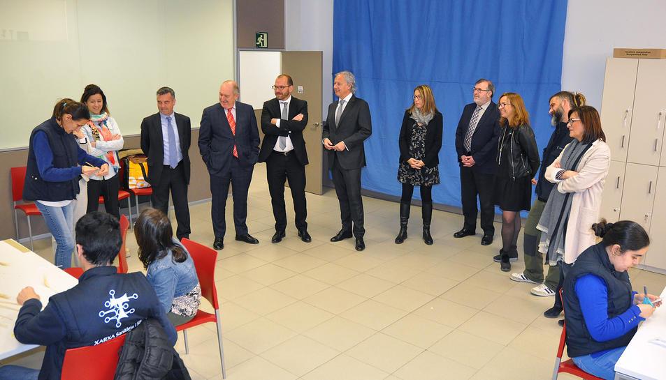 L'acte de signatura del conveni es va formalitzar a les instal·lacions del taller ocupacional de la Fundació Estela per a la Discapacitat