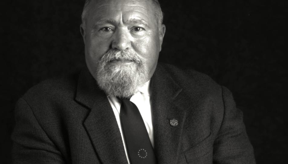 Llorenç Blasco Toldrà va entrar com a regidor amb el primer Ajuntament democràtic, l'any 1979, i va formar part de l'equip de govern del 1983 al 1987.