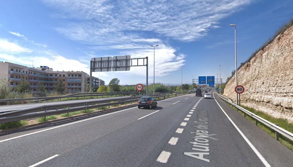 Imatge de l'A-7 al seu pas per Tarragona.