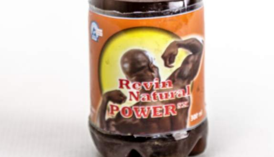 Una ampolla de Natural Power High Energy Drink SX.