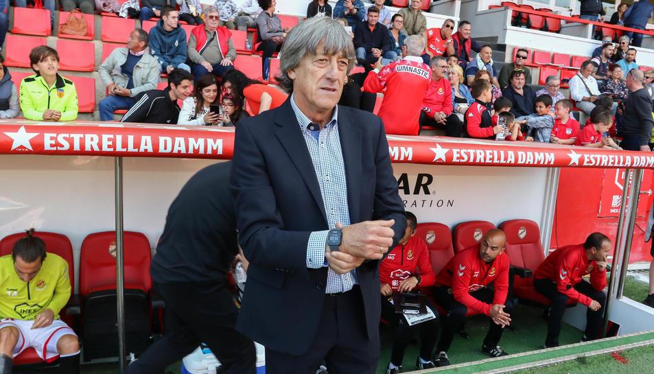 Enrique Martín, durant el Nàstic-Málaga d'aquest diumenge, que va finalitzar amb derrota grana (0-1).