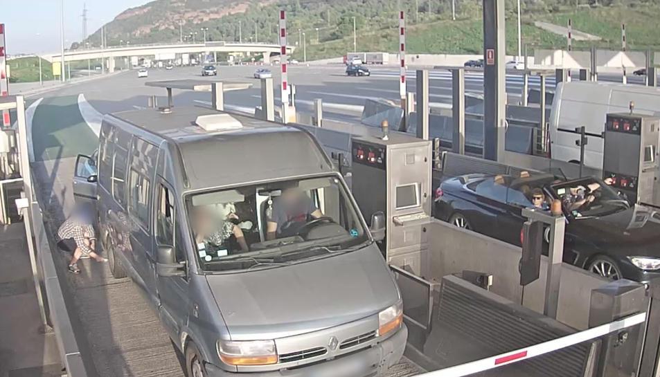 Els detinguts robaven a turistes a  l'AP-7 des de la Jonquera fins a Múrcia.