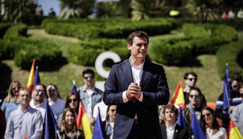 El líder de Cs, Albert Rivera, en un míting a Saragossa