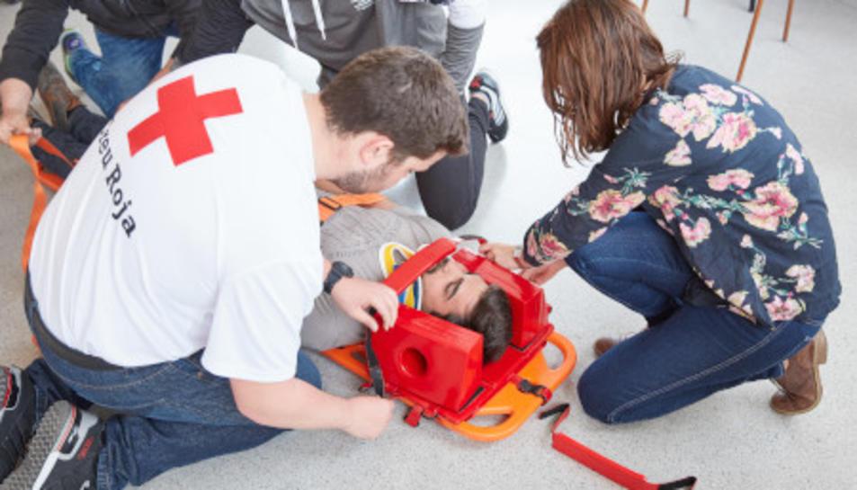 La Creu Roja ha llançat la campanya 'Saber és Salvar'.