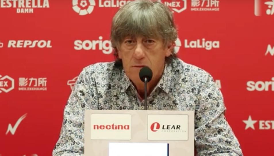 Enrique Martín, durant la roda de premsa d'avui.