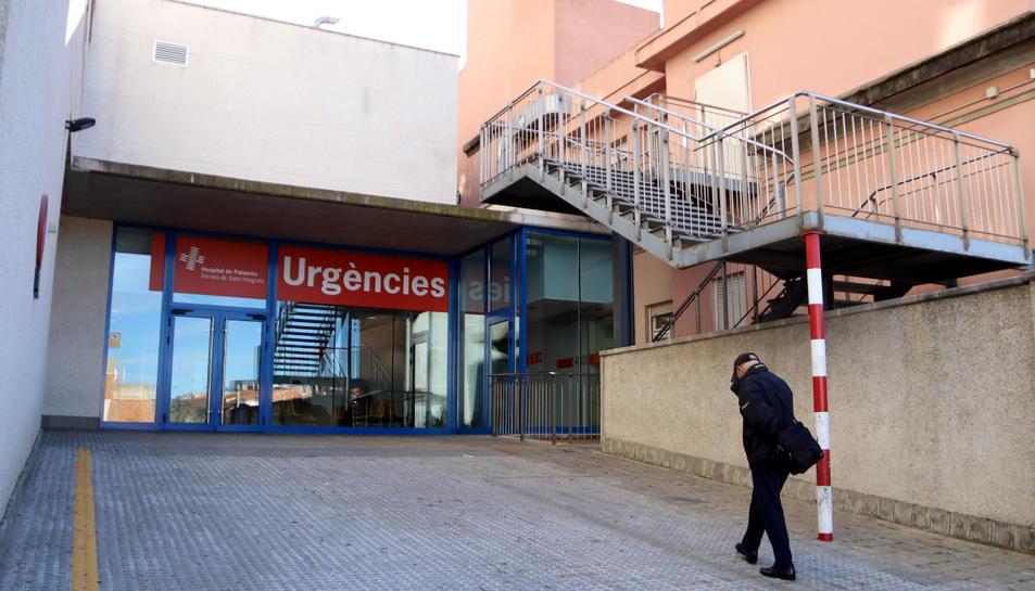 La façana exterior d'Urgències de l'hospital de Palamós.