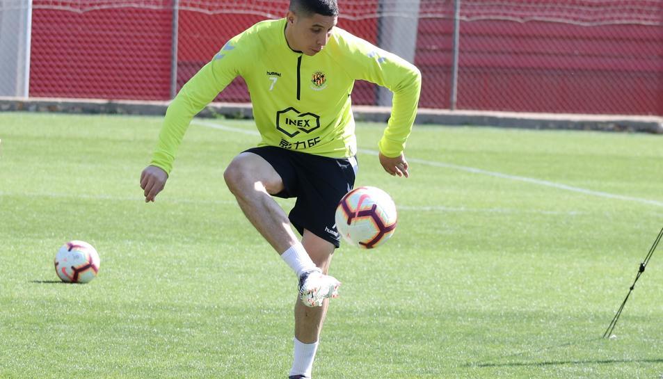 Abdel Barrada, entrenant amb el Nàstic al Nou Estadi.