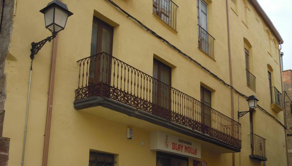 L'edifici municipal de Cal Bessó podria acollir en un futur un hotel.