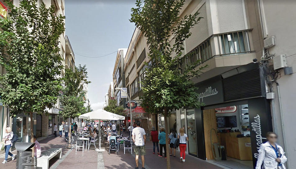 Un dels carrers del centre d'Algeziras.