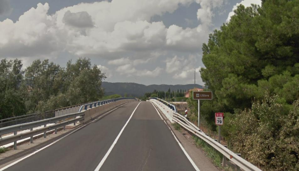 La col·lisió es va produir a la C-14, al terme municipal d'Ascó.