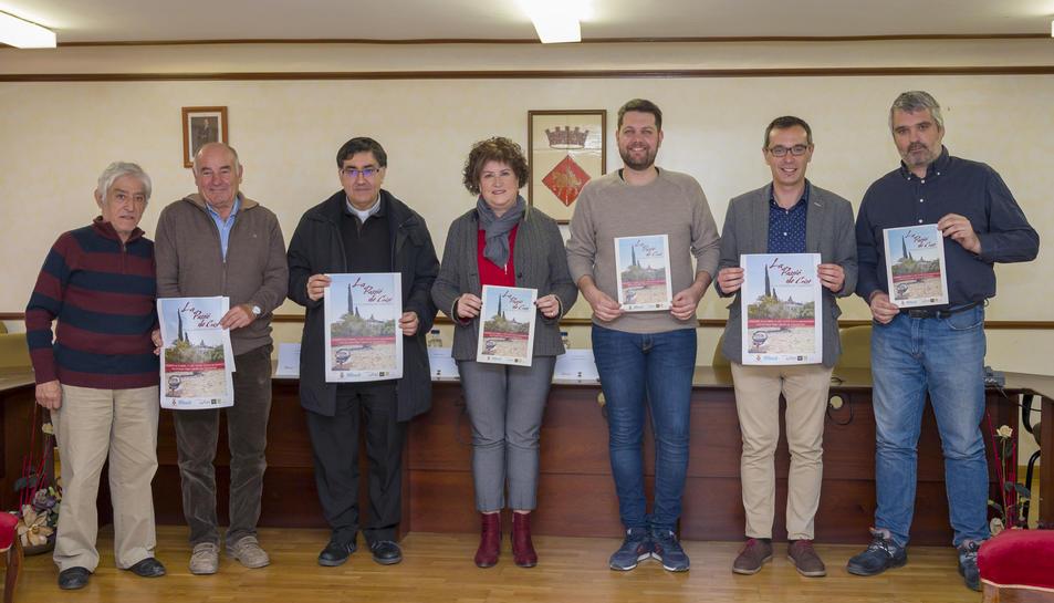 A la presentació hi ha assistit l'alcalde de Constantí, Oscar Sánchez, el president de l'Associació d'Amics del Teatre, Marc Cardó, i la regidora de Cultura de l'Ajuntament, Dolors Fortuny, entre d'altres.