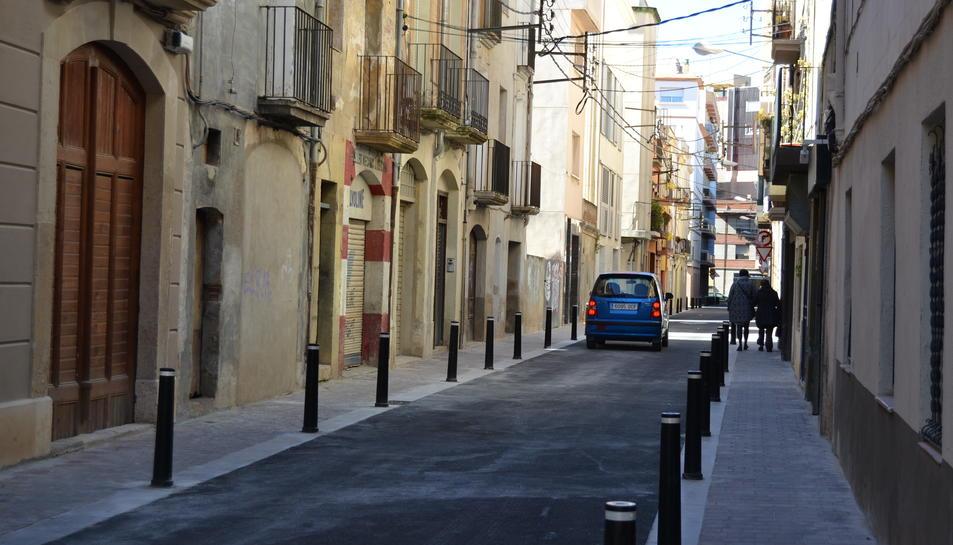 Imatge del remodelat carrer de la Victòria de Reus.