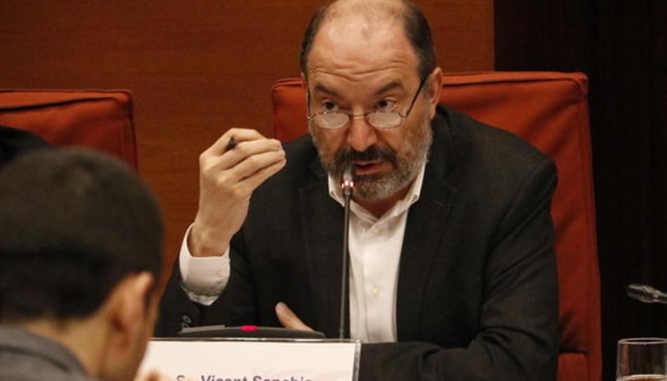 El director de TVC, Vicent Sanchis, durant la seva intervenció a la comissió de control de la CCMA el 5 d'abril.