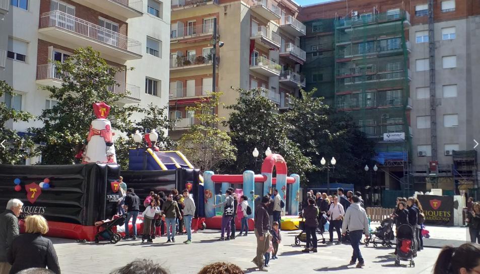 Imatge de la jornada a la plaça Verdaguer de Tarragona.