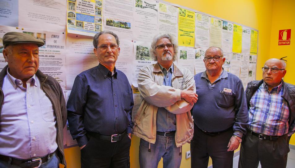 D'esq. a dreta: Quirós, Berzosa, Caamaño, Soria i Hornero, a la Llar de Jubilats de Bonavista.