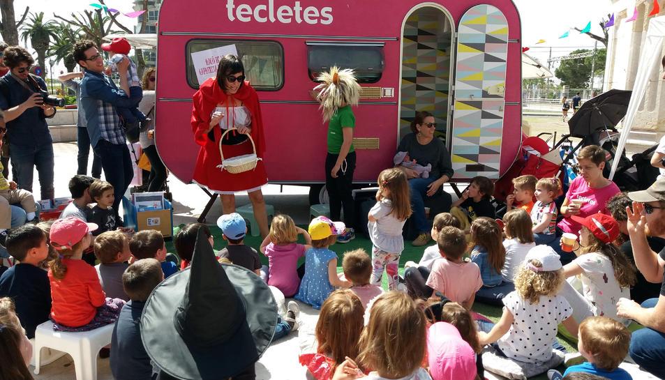 El Tastet de l'any passat, amb la Tecletes Reading Truck de fons.