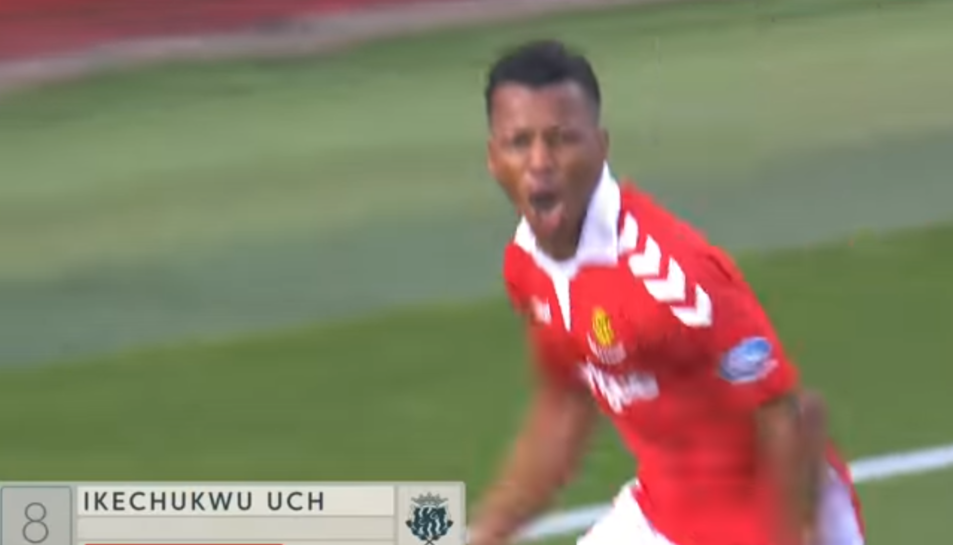 Uche celebra el gol contra el Numancia