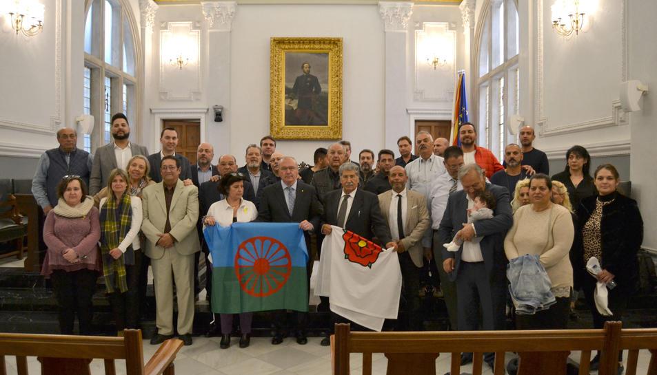 Imatge de l'acte institucional a Reus per commemorar el Dia Internacional del Poble Gitano.