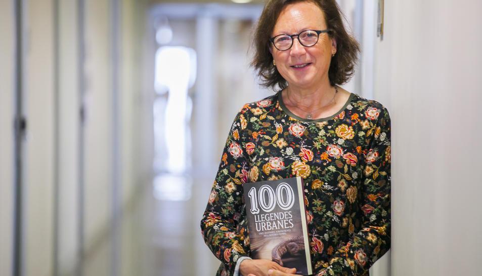 Carme Oriol és catedràtica de Filologia Catalana a la URV.