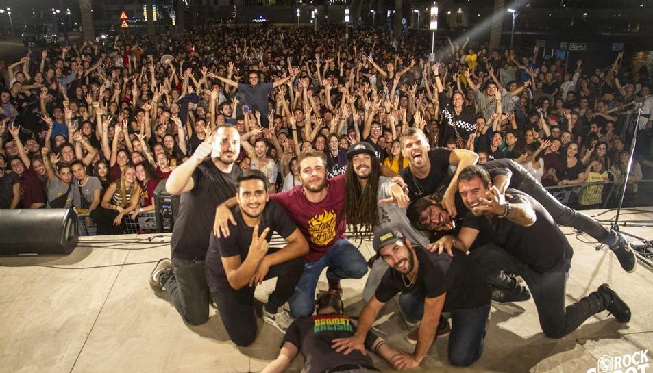 Imatge d'un concert del grup Auxili.
